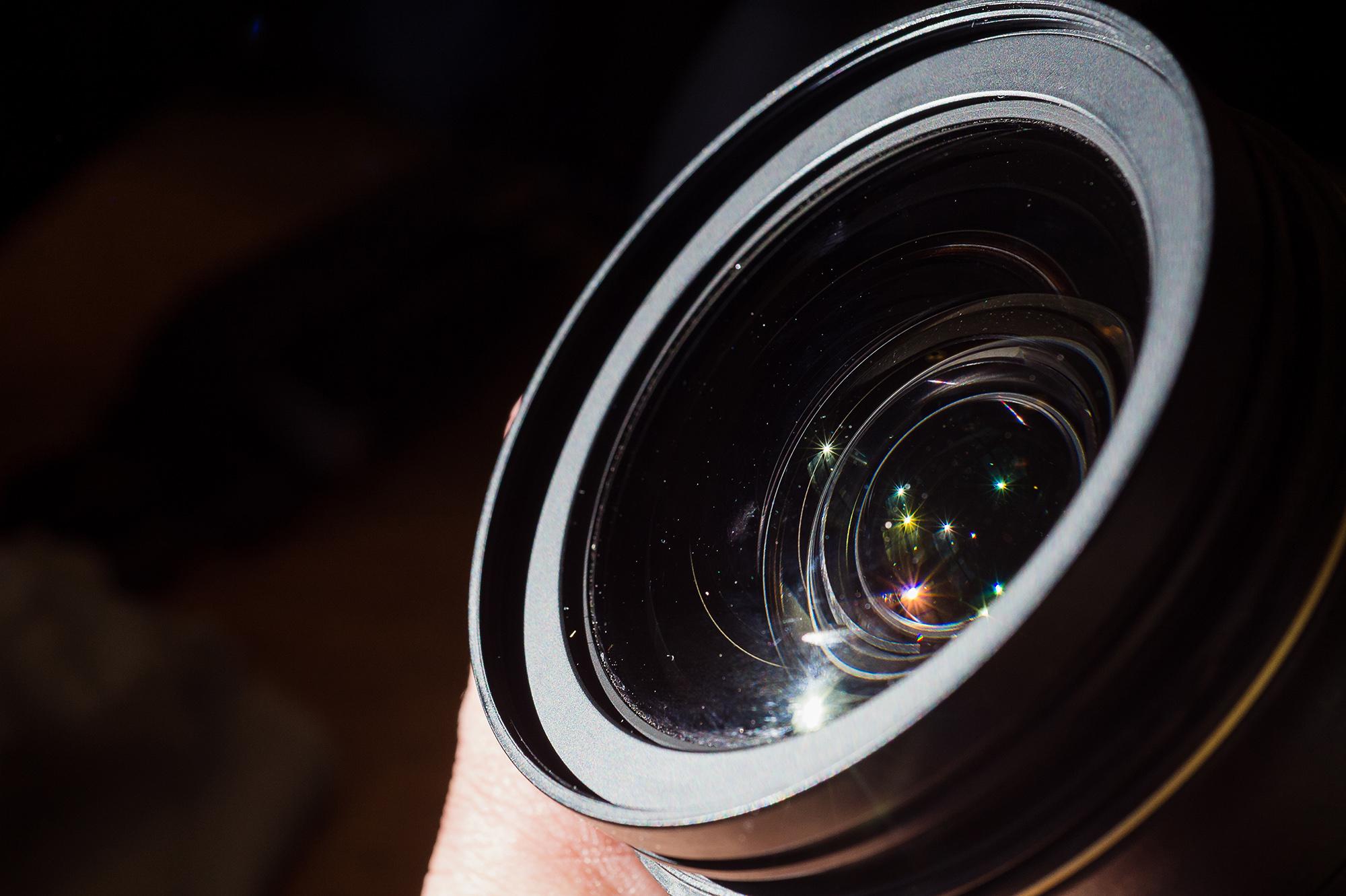 prevent dust for better camera lens care