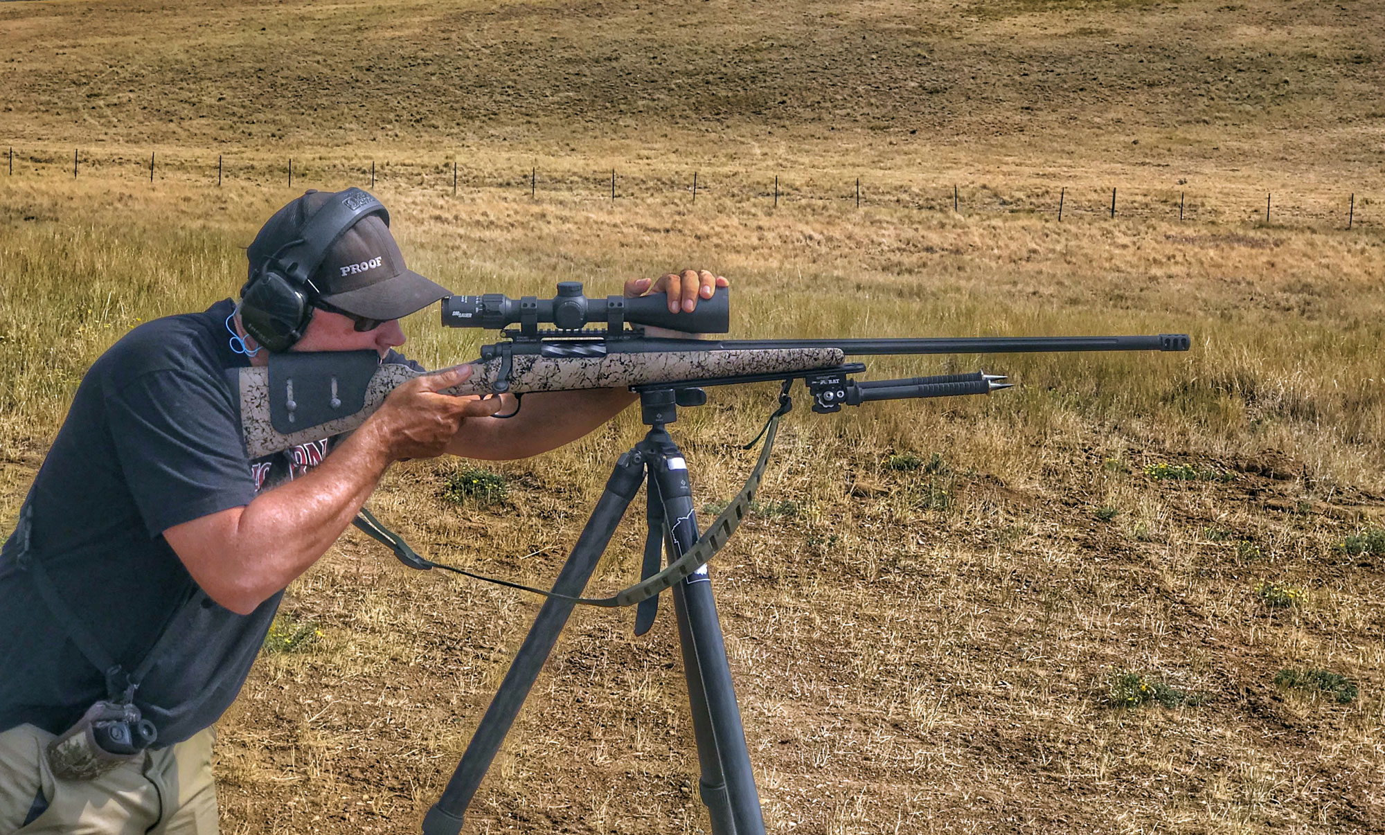 Darrin Cooper shooting a rifle with the Sig Sauer BDX riflescope.